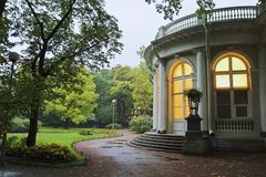 宫殿公园 免版税库存图片
