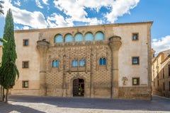 宫殿哈瓦尔金托-大学大厦在巴伊扎,西班牙 库存照片