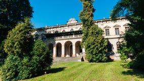 宫殿在Pilica 库存照片