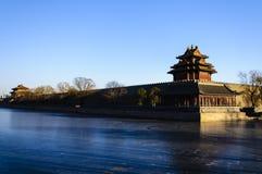 宫殿塔楼在冬天 免版税图库摄影