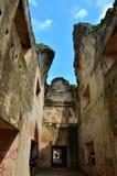 宫殿废墟在地震以后的 免版税图库摄影