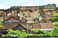宫殿废墟在地震以后的 免版税库存照片