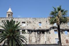宫殿废墟  免版税库存图片