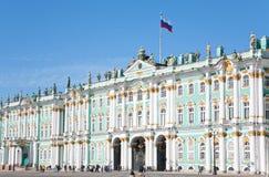宫殿彼得斯堡俄国st冬天 免版税库存照片
