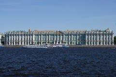 宫殿彼得斯堡圣徒冬天 免版税库存图片