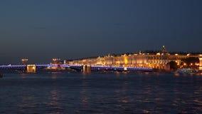 宫殿桥梁和冬宫 股票视频
