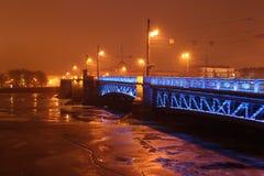 宫殿桥梁(圣彼得堡) 图库摄影