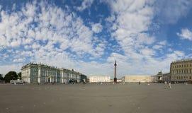 宫殿正方形在圣彼德堡 图库摄影