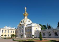 宫殿peterhof彼得斯堡st 免版税库存照片