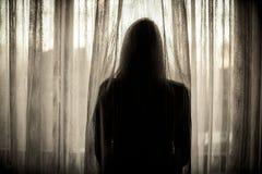害怕被虐待的妇女 免版税库存图片