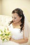 害羞的亚裔新娘 库存图片
