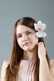 害羞的女孩 免版税库存照片