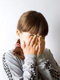 害羞的小女孩关闭 免版税图库摄影