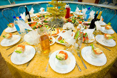 宴会新的餐馆s表年 免版税库存图片