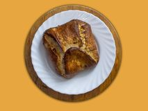 家做了新鲜的被烘烤的面包 库存图片