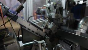 家具工厂,家具的生产为床垫块,春天的生产的机器反弹 影视素材