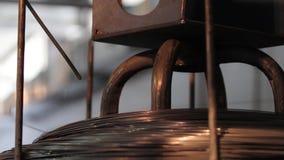 家具工厂,家具的生产为床垫块,春天的生产的机器反弹 股票录像