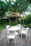 家具热带庭院的手段 库存图片