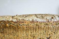 家制面包用蔓越桔和其他添加剂 烹调小馅饼波兰 免版税库存图片