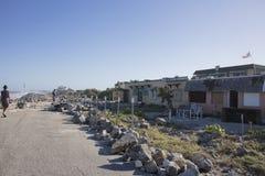 家和高速公路在飓风马休斯愤怒以后 免版税库存照片