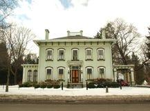 家在冬天 免版税库存照片