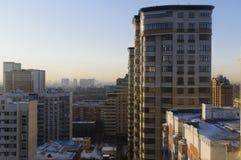 家在莫斯科一个住宅区  免版税库存照片