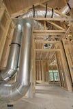 家庭供暖冷却系统的输送管工作 库存图片