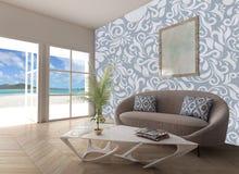 家庭内部海滩视图 免版税库存照片