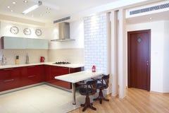 家庭厨房现代新 图库摄影