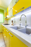 家庭厨房现代新 免版税库存图片