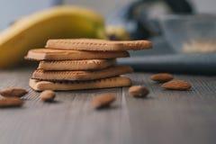 家庭土气饼干用杏仁 免版税库存图片