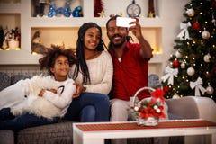 家庭圣诞节selfie 库存照片