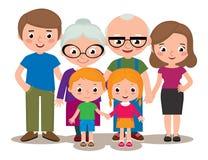 家庭小组画象做父母祖父母和孩子 免版税库存照片