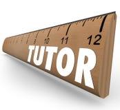 家庭教师学会教的算术科学技能的统治者测量 库存照片