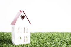 家庭概念:购买,出售,投资,财政,安置贷款,整修,室内设计,家庭甜家 库存图片