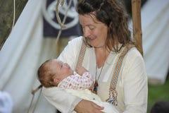 家庭生活,中世纪节日,纽伦堡2013年 库存照片