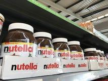 家庭盒nutella可可粉传播 库存照片