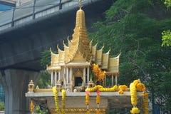 家庭神的泰国寺庙 图库摄影