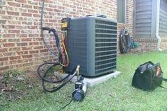 家庭空调器维护和修理 免版税库存图片