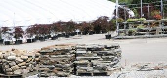家庭露台和走道的石头 免版税库存照片