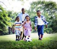 家庭统一性团结做父母儿子Daugther概念 免版税库存图片