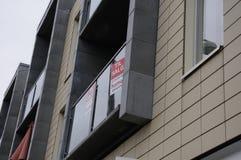 家或公寓房耕种销售 免版税库存图片