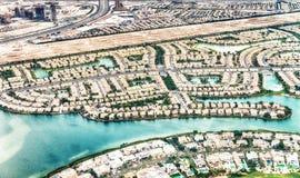 家迪拜鸟瞰图临近人为运河 库存照片