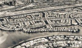 家迪拜鸟瞰图临近人为运河 图库摄影