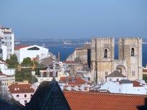 家长式大教堂叫作Se或里斯本大教堂的圣玛丽少校在葡萄牙 库存照片