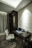 家&旅馆卧室内部 免版税库存图片