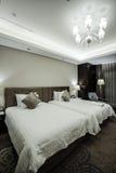 家&旅馆卧室内部 图库摄影