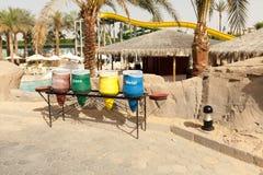 容器为收集的不同的颜色回收材料 免版税库存图片
