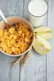 容易的健康早餐一个快乐的早晨 库存照片