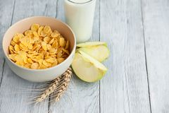 容易的健康早餐一个快乐的早晨 免版税库存图片